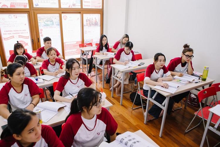 Các lớp học cam kết chuẩn đầu ra, đảm bảo đáp ứng nhu cầu giao tiếp, thi bằng HSK